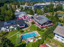 Swimming Pool - Hotel Egger